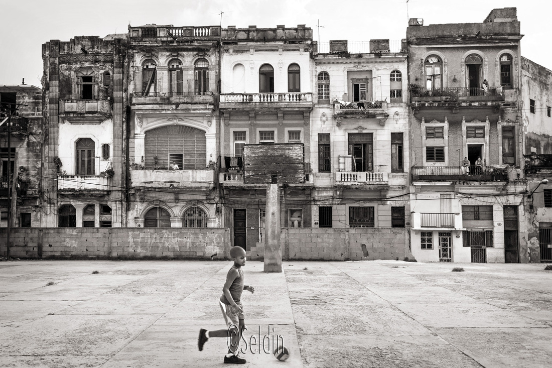 Environmental Portraits in Cuba, by Jay Seldin